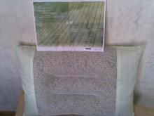 Greentea Pillows   綠茶枕 Colour: green  綠色 Size(cm) 43 x 63 x 11(H) Wt: 1.6kg        Adjustable height: 可調高低